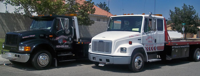Sandoval's Towing